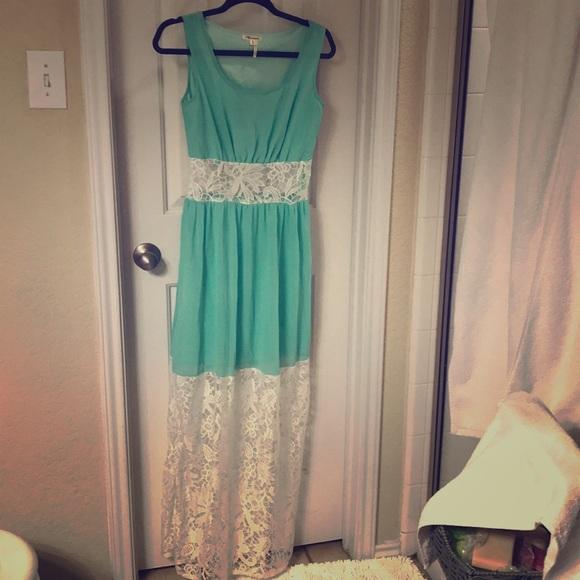 Marineblu Dresses & Skirts - New Green Maxi Dress
